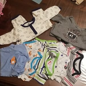 5 short, 2 long sleeve boys onsies size 6-9month